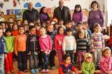 Peste cinci sute dintre cei mai săraci copii din județul Tulcea au primit daruri. Pe Moș Nicolae l-a ajutat Consiliul Județean