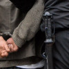 Polițiștii au reținut un tânăr și doi minori pentru comiterea infracțiunii de tâlhărie