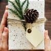 Cati bani cheltuie angajații din județul Tulcea pentru cadourile de Secret Santa