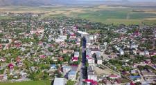 Măcinenii reclamă lipsa apei potabile în multe cartiere. Oamenii solicită rezolvarea urgentă a mai multor probleme edilitare ale orașului Măcin