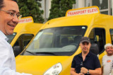 Premierul Ponta a adus 11 noi microbuze școlare pentru elevii din județul Tulcea