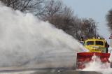Dobrogea izolată de cele câteva ore de ninsoare, polei și viscol: drumuri blocate și oameni îngropați în zăpadă, avarie la rețelele de energie electrică, o gravidă decedată în ambulanță.