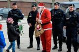 Moş Crăciun în vizită la Jandarmeria Tulcea. Sărbători fericite și liniștite tuturor (!)