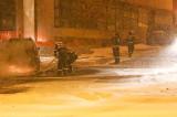Două autoturisme de lux au ars complet în centrul municipiului Tulcea. Mână criminală sau accident stupid?