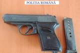 Polițiștii au confiscat o armă neletală deținută ilegal