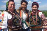 De Ziua Universală a Iei românești, Sânzienele ne ajută să nu ne uităm menirea. Povestea iei.