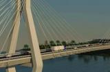 Lucrările la Podul peste Dunăre Tulcea-Brăila, monitorizate non-stop. Încep lucrările la fundații, pereții mulați și coloanele de forare