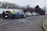 La Victoria o şoferiţă a pierdut controlul în curbă şi a accidentat un barbat de 33 de ani