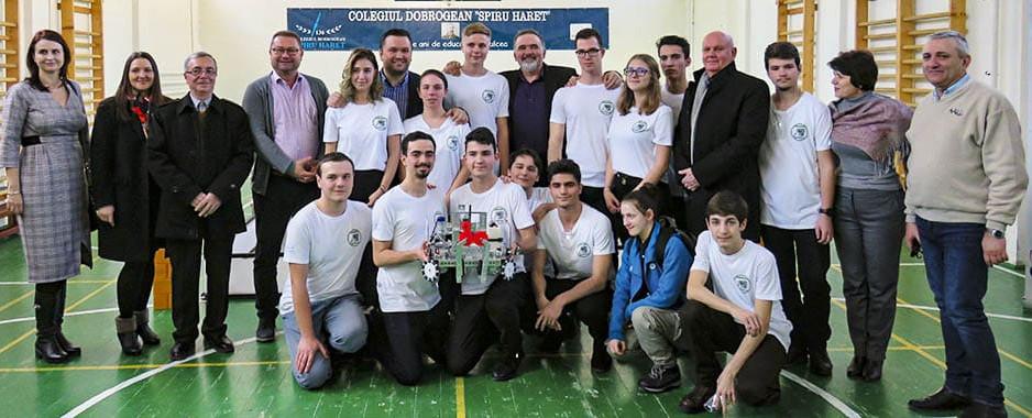 """EVENIMENT: Laboratorul de robotică și inventică din cadrul Colegiului Dobrogean """"Spiru Haret"""", a fost realizat cu ajutorul donației lăsate prin testament de inginerul Ion Adamache, fost elev al liceului."""
