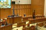 A fost votată prelungirea stării de urgență dar guvernul este obligat să comunice public măsurile economico-sociale, temeiurile legale și efectele produse, în conformitate cu dispozițiile constituționale