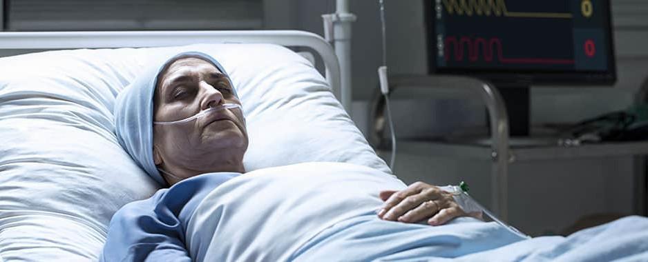 """Federaţia Asociaţiilor Bolnavilor de Cancer solicită """"un culoar verde"""" și o șansă la viață pentru bolnavii condamnați la moarte dacă sunt doar externați și trimiși acasă"""