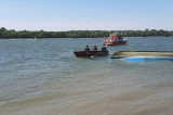 O barcă cu 10 persoane s-a răsturnat pe canalul Sulina. O persoană este dispărută în apele Dunării