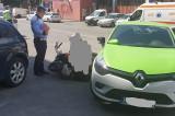 Tulcea: O șoferiță a accidentat un bărbat ce conducea un moped pe Str. Mică