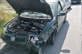 Tulcea: Un tânăr a intrat într-un stâlp de pe șoseaua de centură pentru a evita o șoferiță care a făcut o manevră greșită