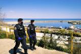 Weekend pe litoral:14.000 de lei amenzi pentru injurii și amenințări, tulburarea liniştii publice, cerșetorie, transport ilegal de material lemons