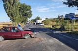 Nu a acordat prioritate de trecere şi a intrat în coliziune cu un alt autovehicul