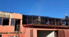 Incendiu la o hală de depozitare din municipiul Tulcea