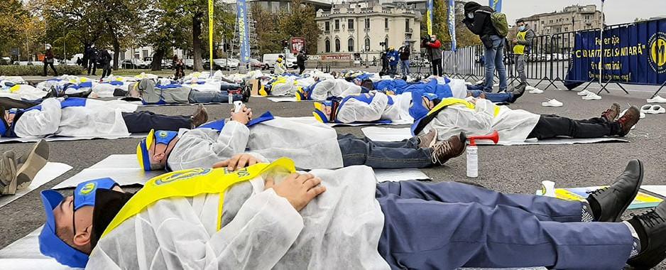 """Joi, 19 noiembrie, """"Solidaritatea Sanitară"""" protestează din nou în Piața Victoriei pentru recunoașterea meritelor profesioniștilor din sănătate"""