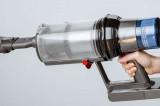Ce a uitat un român la locul faptei, în Germania, de unde a furat 50.000 de euro cu… un aspirator(?!)