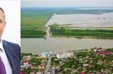 """La Mahmudia se finalizează lucrările la dig. """"Sper să revenim la normalitate din toate punctele de vedere"""" spune primarul Șerpescu"""