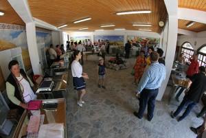 Interior-piata-Greci