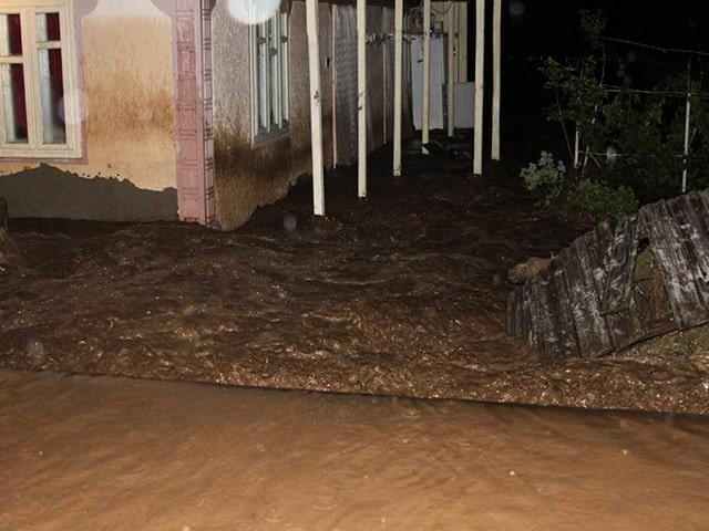Inundatii-Luncavita3