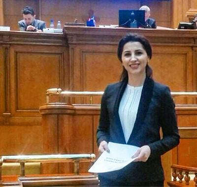 mirela-parlament